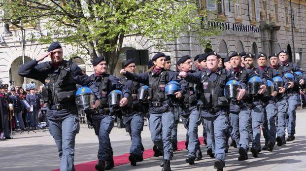 La polizia di Stato in festa in piazza Roma