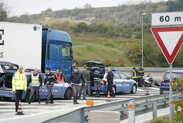 Il luogo dell'incidente in cui sono morti due motociclisti (foto Zeppilli)
