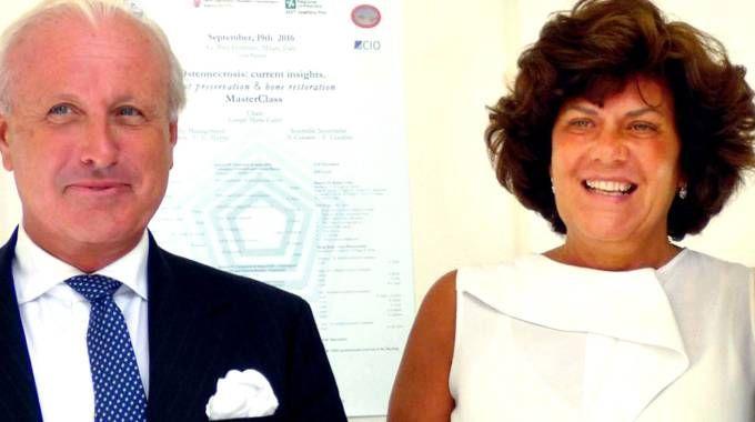 Il primario Giorgio Maria Calori e il direttore sanitario del Pini, Paola Navone