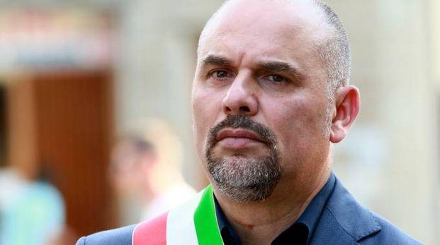 Il sindaco di Montelupo, Paolo Masetti, ha ringraziato i carabinieri per la rapida soluzione dell'indagine e ha incontrato i cittadini danneggiati