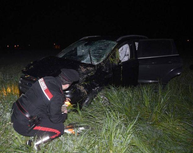 L'auto distrutta nello schianto mortale (foto Businesspress)