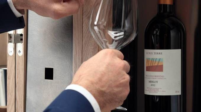 Il dispenser Wineemotion all'interno di Convivium