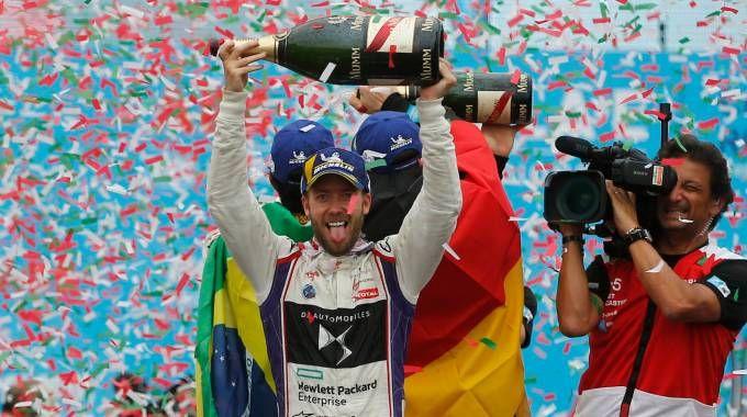 Il vincitore del Gran Premio di Formula E Sam Bird (LaPresse)