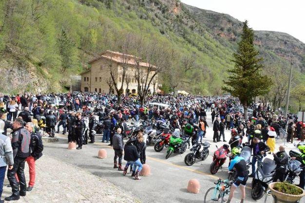 La benedizione dei motociclisti (foto Carassai)