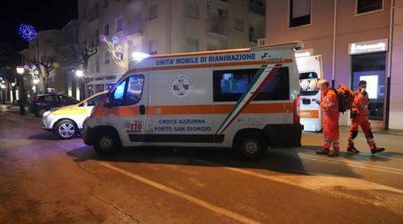 La donna è stata portata all'ospedale (foto Zeppilli)