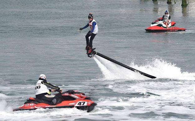Lo scooter del mare (foto Migliorini)