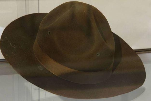 Il cappello del sergente Hartman all'asta (Newpress)