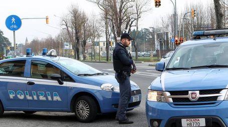 Un posto di blocco della Polizia (Isolapress)