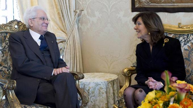 Sergio Mattarella a colloquio con la presidente del Senato Casellati (Ansa)