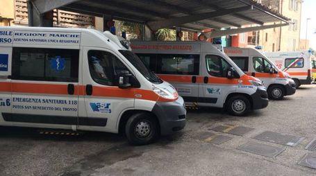 Ambulanze nel piazzale del Pronto Soccorso