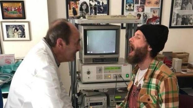 Il foniatra Franco Fussi visita Jovanotti
