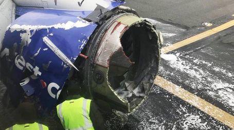 Il motore del volo Southwest Airlines esploso in volo (Ansa)