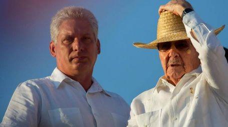 Miguel Diaz-Canel con Raul Castro