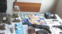 Droga e armi sequestrate a Marotta nel 2017