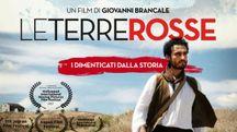 La locandina della proiezione de 'Le terre rosse' al Cinema della Compagnia a Firenze