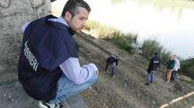 La polizia sul luogo dove è stato ritrovato il ragazzo (Gianluca Moggi / New Press Photo)