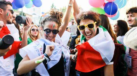 Tanti i giovani all'estero: prima per studio poi per lavoro
