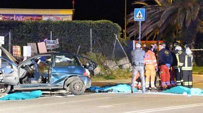 L'automobile coinvolta nell'incidente costato la vita a 4 giovani a Marina di Carrara