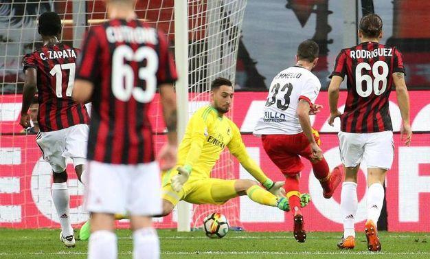 Milan-Benevento 0-1, gol di Iemmello (Ansa)