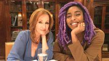J.K. Rowling e Jessica Williams – Foto: pagina Twitter ufficiale della Rowling