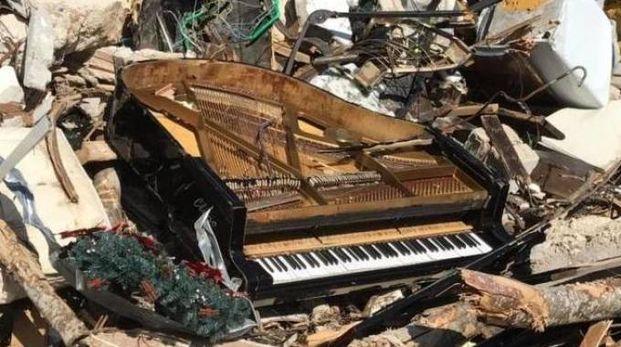 Un pianoforte a Rigopiano (da qn)
