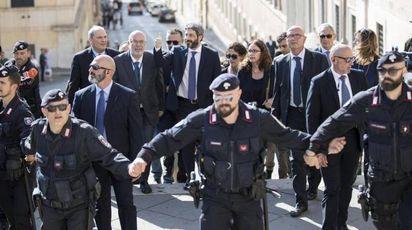 Roberto Fico sale al Quirinale (Ansa)