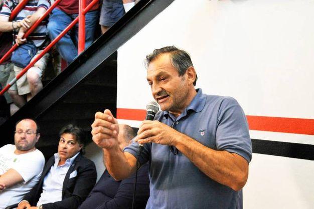LLucchese, la presentazione del nuovo proprietario Lorenzo Grassini (Foto Alcide)
