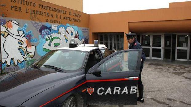 Carabinieri all'istituto Benelli (Fotoprint)