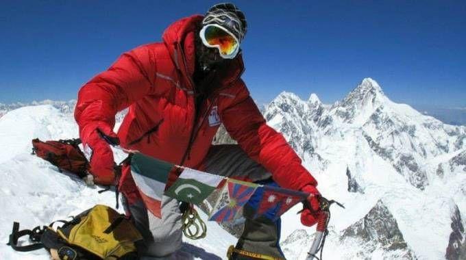 L'alpinista Simone La Terra (Foto Facebook)