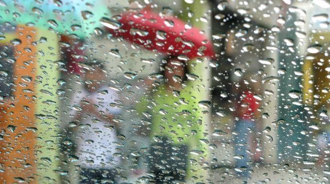 Previsioni meteo, piogge forti in arrivo sull'Italia. Crollo delle temperature (iStock)