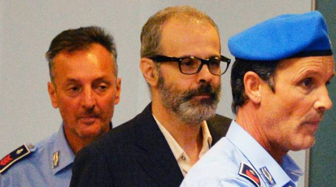 Leonardo Cazzaniga in tribunale