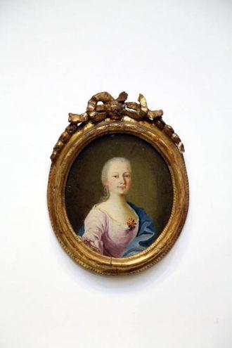 Ritratto di donna', della metà del XVII secolo, trafugato a marzo dal Museo Civico San Domenico di Imola (Foto Schicchi)