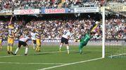 Il gol annullato di Scognamiglio per fuorigioco (foto Ravaglia)
