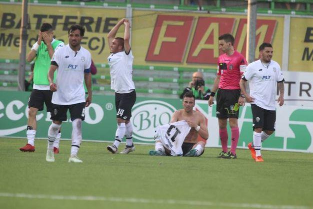 Con la vittoria sul Parma, il Cesena si allontana dalla zona playout (foto Ravaglia)