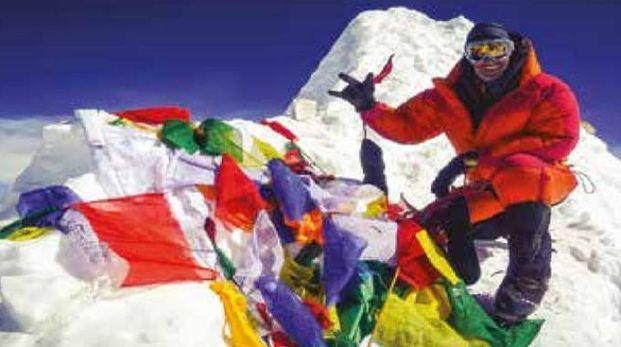 Fabrizio Silvetti in cima al Manaslu