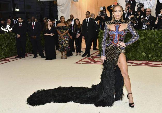Jennifer Lopez in Balmain (Ansa)
