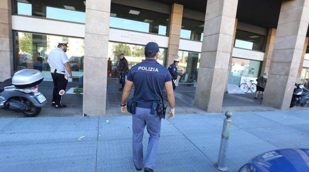 Polizia in area Cambiaghi