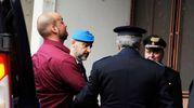 L'arrivo di Luca Traini in tribunale (foto Calavita)