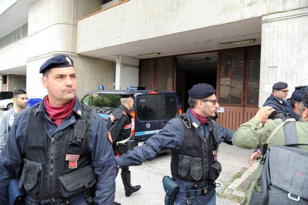 Tribunale blindato per l'avvio del processo a Traini (foto Calavita)