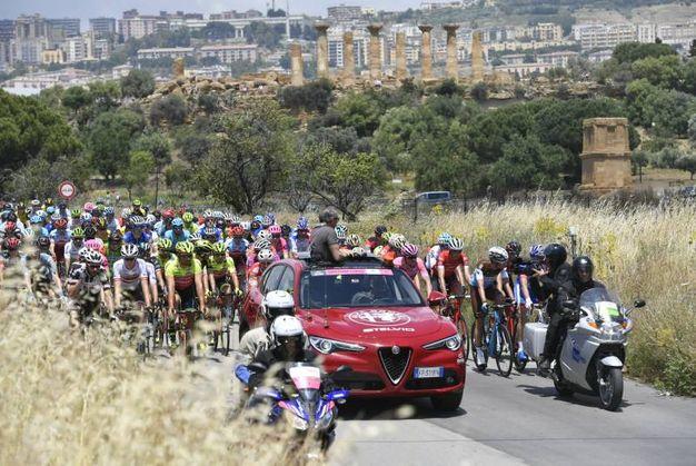 Giro d'Italia 2018, la tappa 5 (Lapresse)