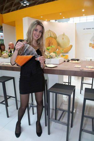 Una hostess a MacFrut (foto Ravaglia)