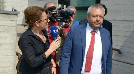 L'ex sindaco Simone Uggetti alla prima udienza nel 2016