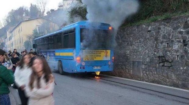Bus Ctt a fuoco