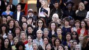 Cate Blanchett legge il testo della protesta (Ansa)