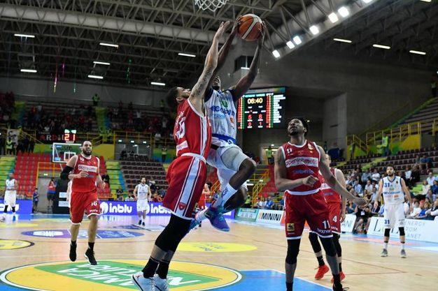 Germani Basket Brescia-Openjobmetis Varese (foto Ciamillo)