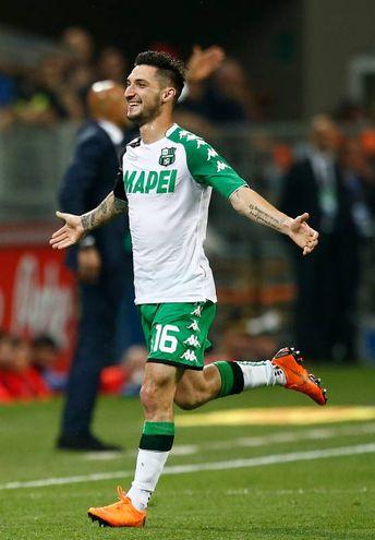 Inter-Sassuolo, esultanza di Politano per il gol dello 0-1 (foto Lapresse)
