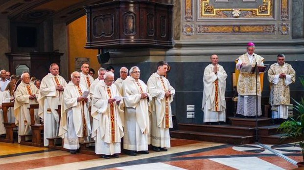 Ieri mattina  in Duomo a Voghera il vescovo Vittorio Viola  ha proclamato venerabili Maria  e Giustina Schiapparoli