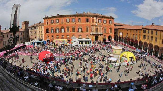 Giro d'Italia a Imola nel 2015 (Isolapress)