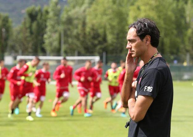 Perugia, il nuovo tecnico Alessandro Nesta dirige il suo primo allenamento (Crocchioni)