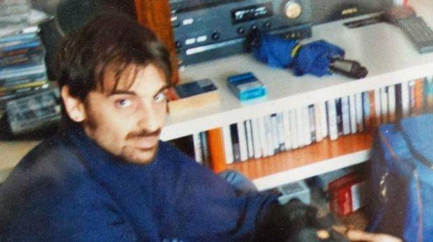Cristiano Rimicci, 45 anni, di Pontedera con il suo amato cane